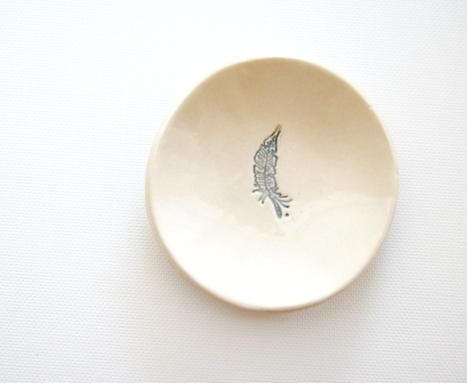 little bits Ceramic Mini Plate grey feather - alluvial