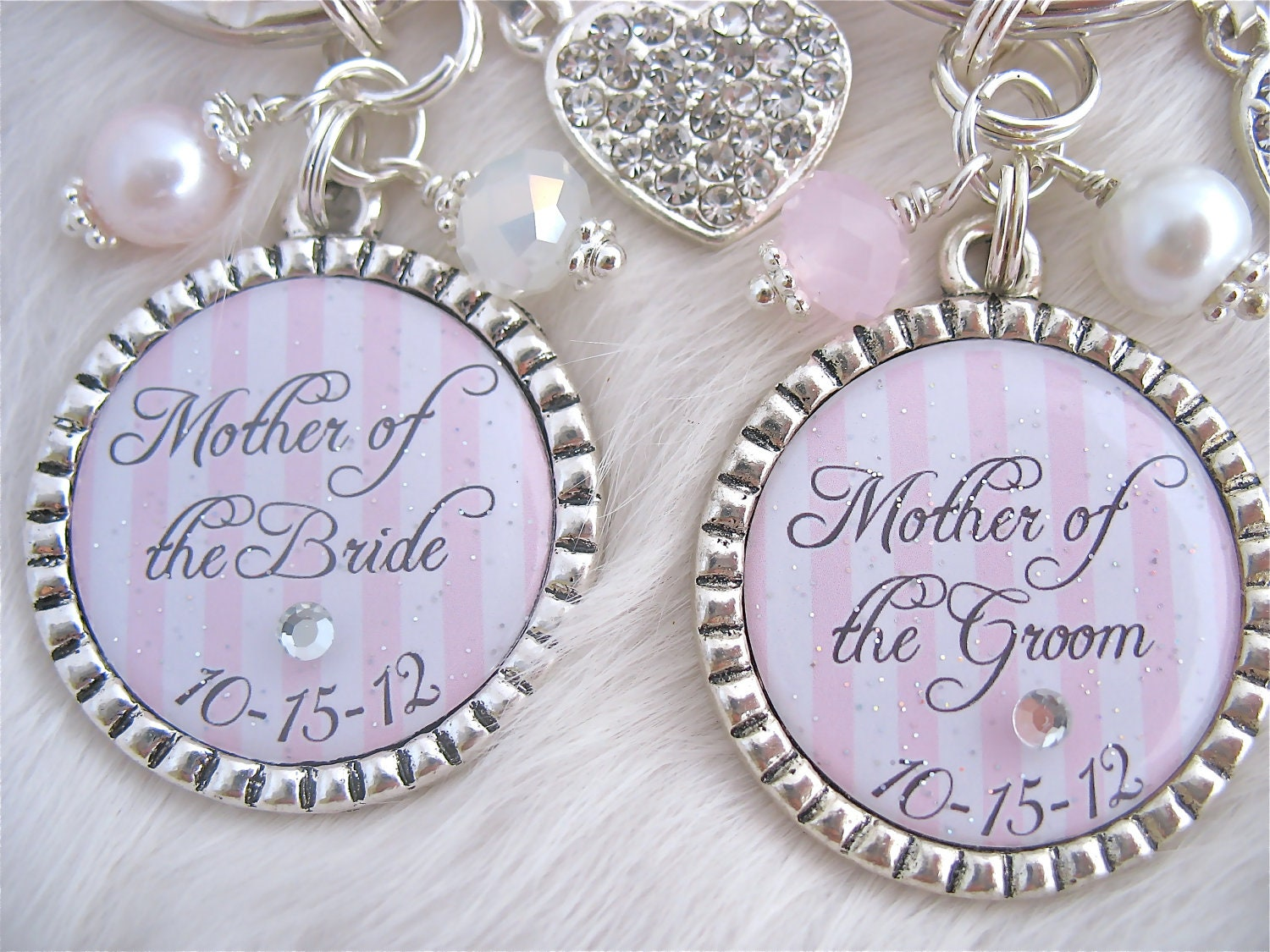 MOTHER of the BRIDE Gift Mother of the Groom Wedding date pendant ...