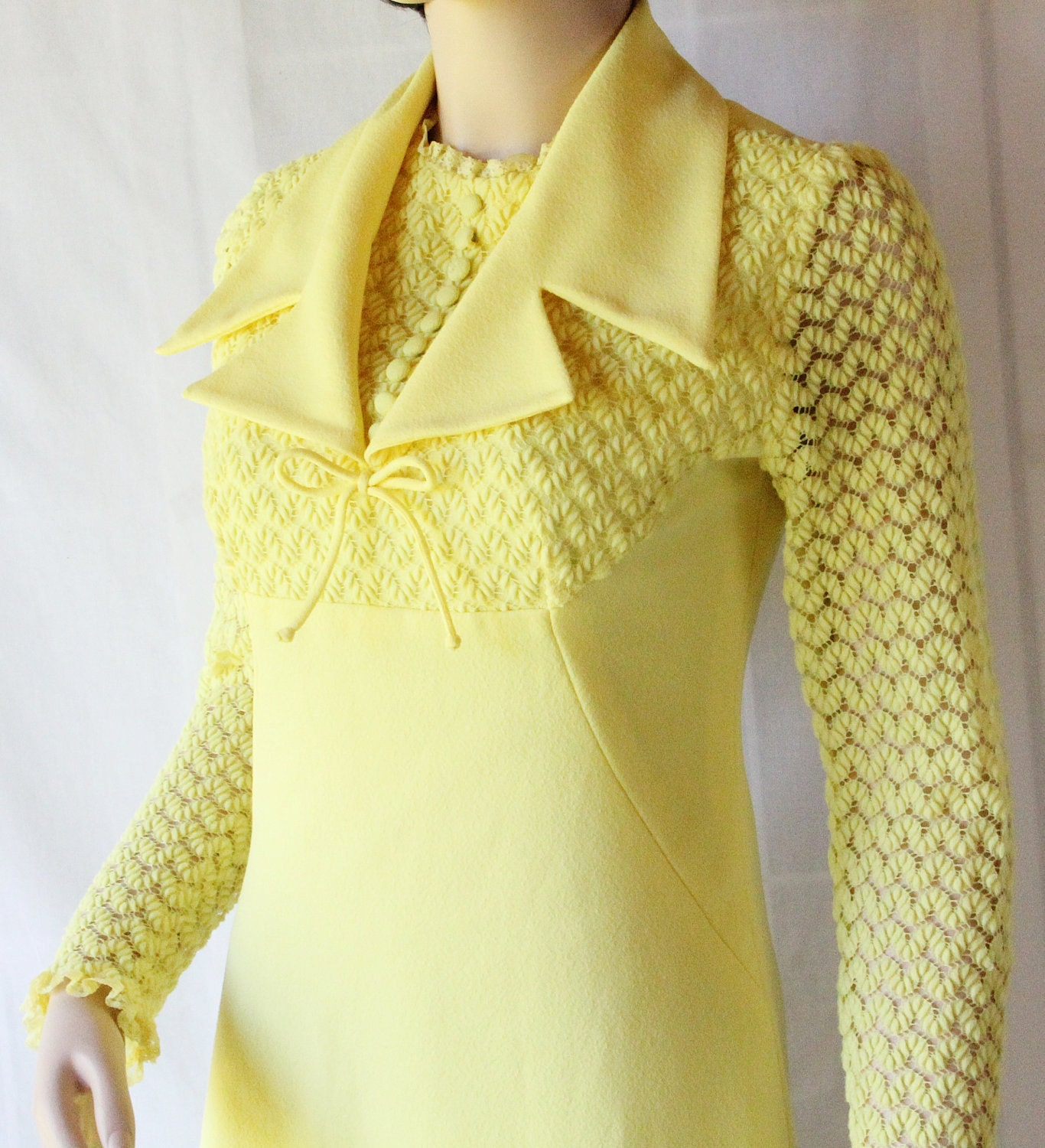70s Lemon Yellow Dress / Popcorn Stitch Sleeves / Mod Vintage FUN - PetticoatsPlus