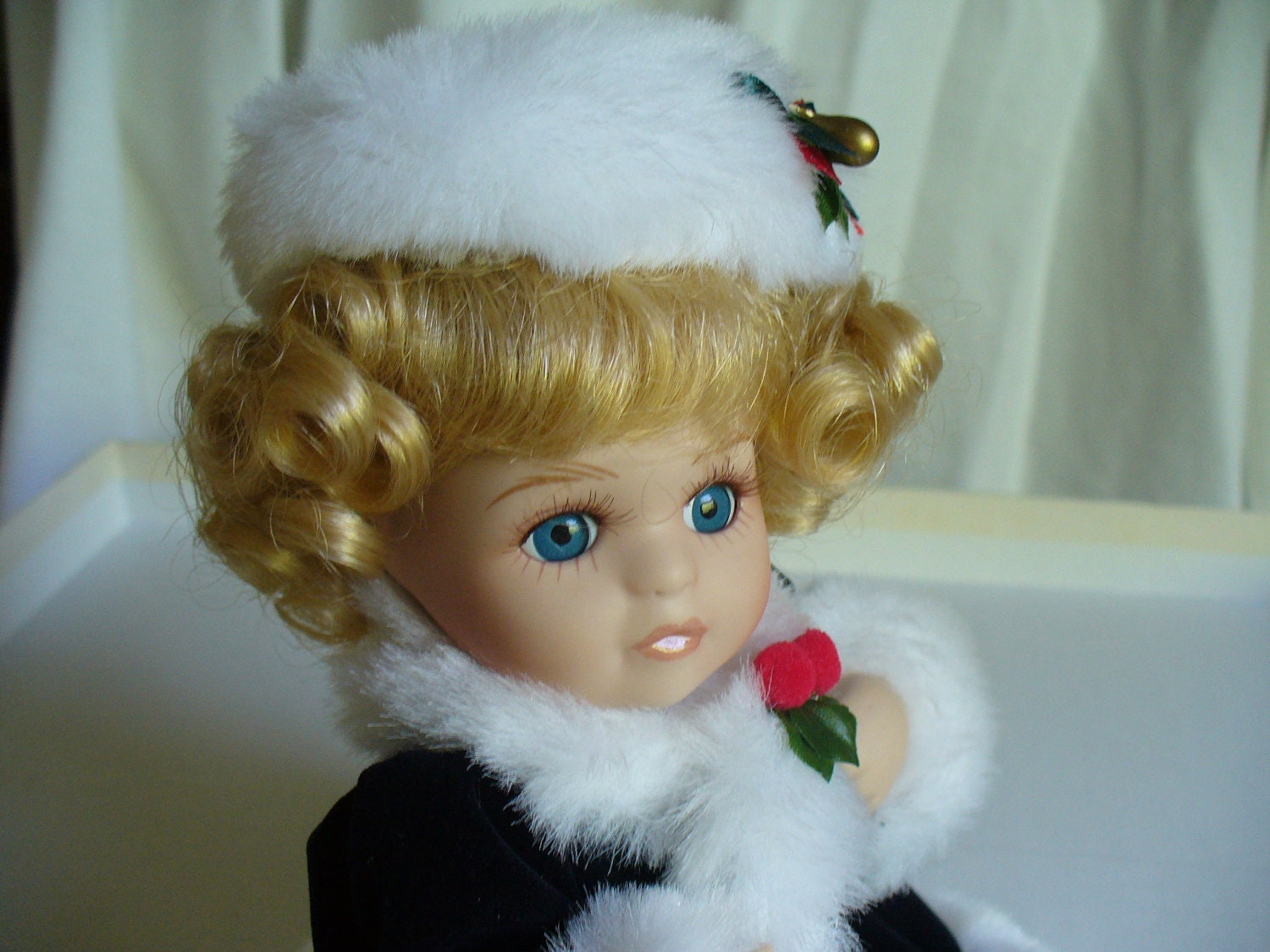 Christmas Porcelain Doll.  Blue Eyed Porcelain Doll with Blonde Hair.  Vintage. Collectibles. CIJ