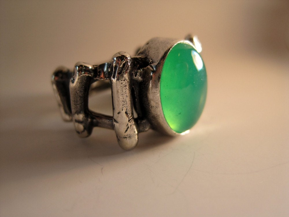 Chrysoprase In Sterling Coral Pirate Ring - JadeSilverCrafting