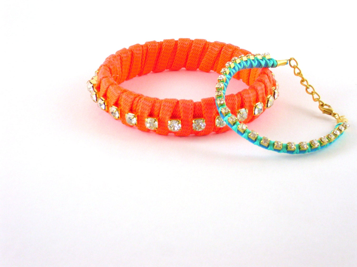 Neon orange and  turquoise crystal bracelet - HirasuGaleri