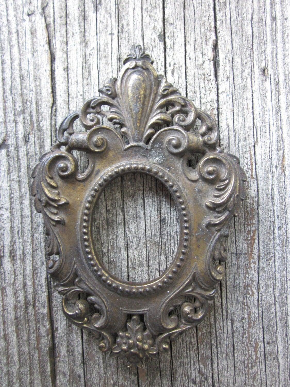 Antique Brass Frame - housewarming101
