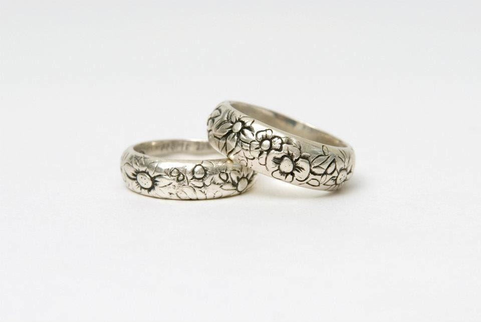 silver wedding band flower rustic vintage wedding ideas