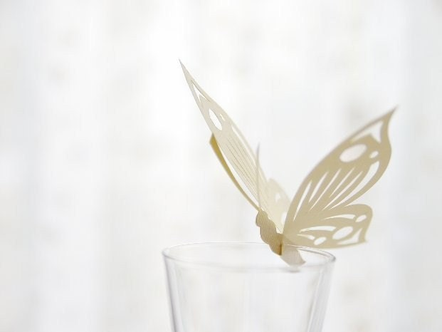 50 Place Cards, Wine Glass Decoration, Butterfly, Papercut by Mama Tita - MamaTita