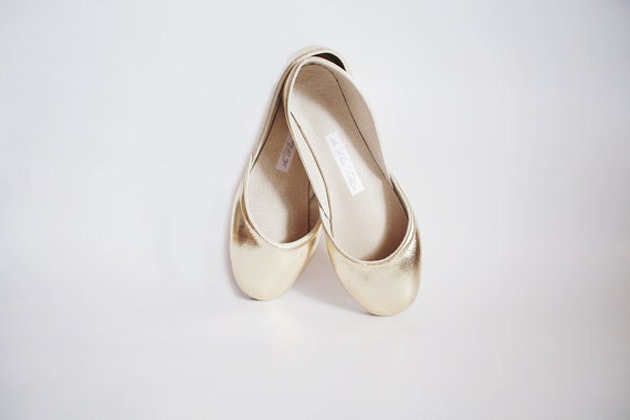 up-cycled soft leather ballet flats. gold. - thewhiteribbon