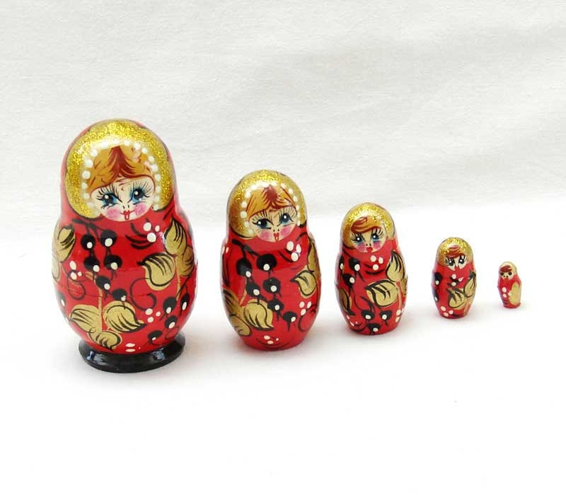 Matreshka matryoshka babushka Russian Wooden ecofrendly Dolls - red and black berries gold Painted 5 pcs 8 cm, home decor toys