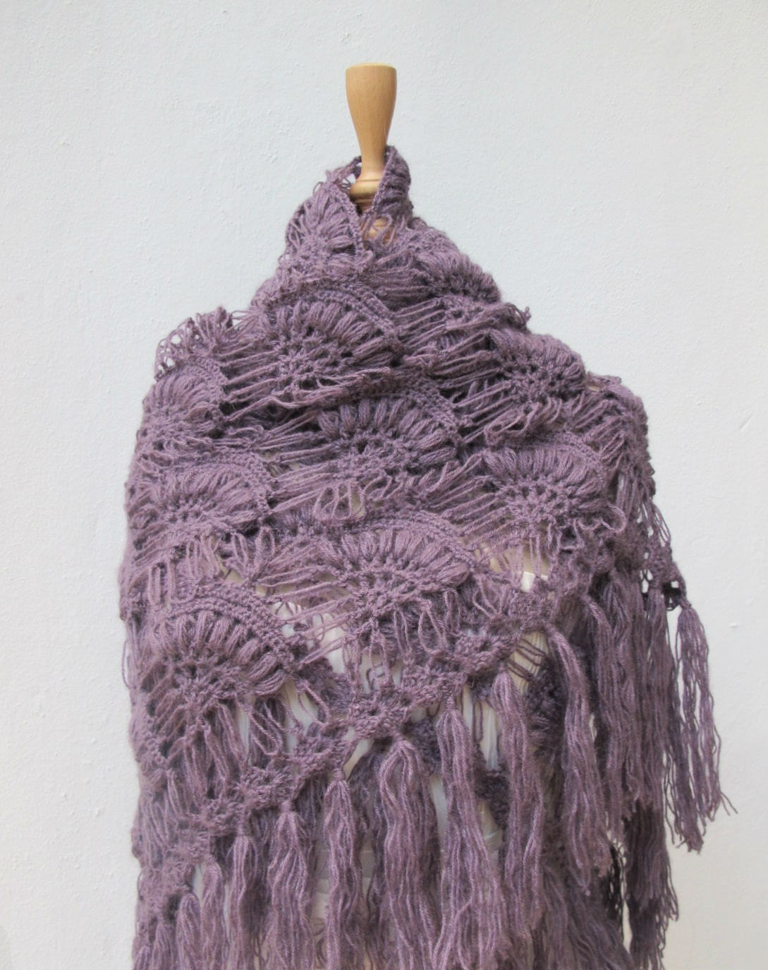 How to Crochet a Shawl | eHow.com