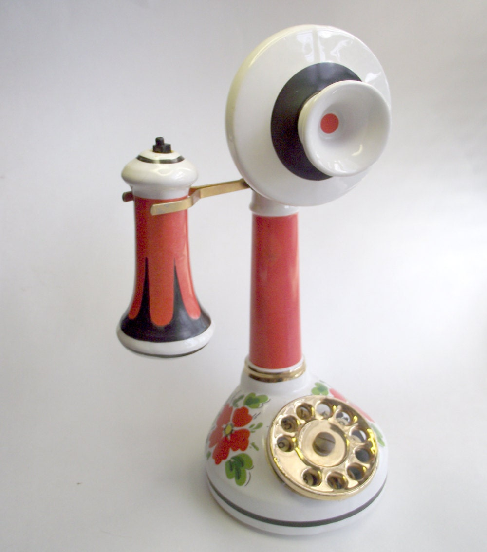 Vintage Famous Firsts Yankee Doodle Candle Stick Telephone Decanter