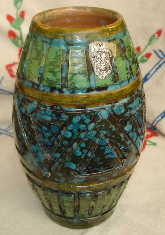 Other Scandinavian Glass Guide + Gallery - Other Cased Vases