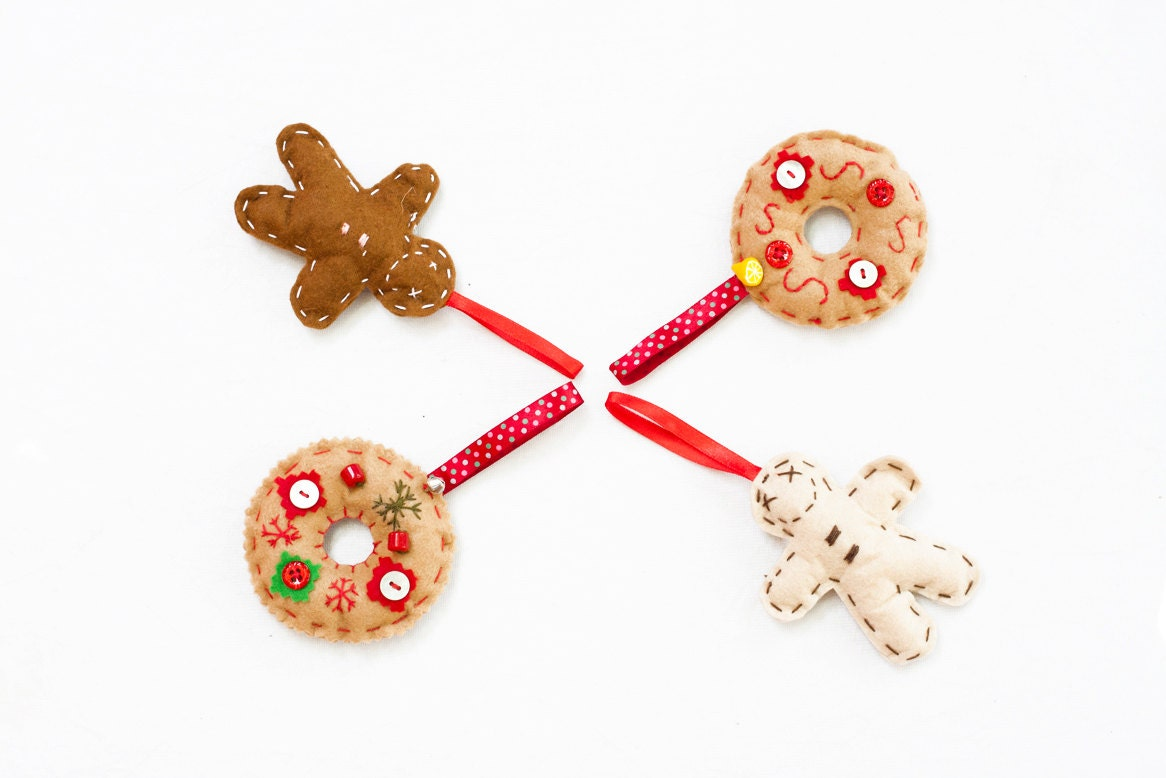 Christmas ornaments,  Christmas hangers,  Holiday Decor, Set of 4 Felt Christmas decorations, , Home decor,