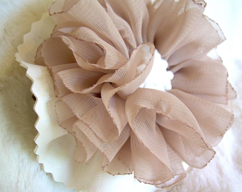 Hair Bow Brooch Fabric Flower White Beige - BettysRubble