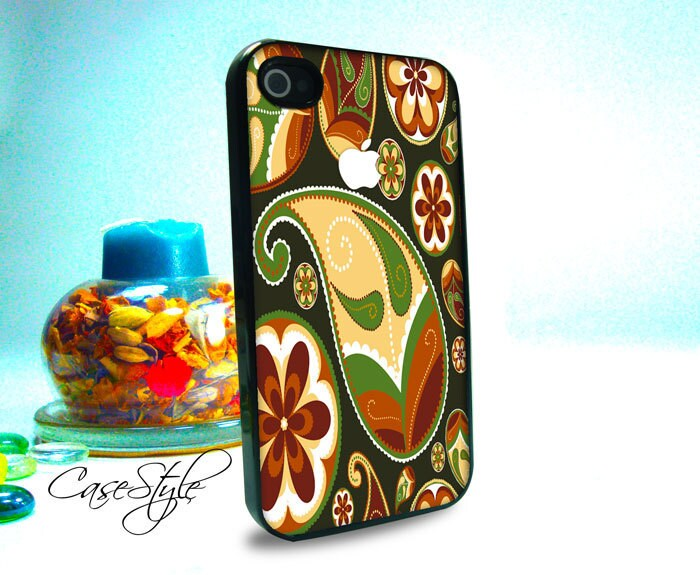 iPhone 4 case, iPhone 4s case, case for iPhone 4, Pattern 004 . Includes 3 layers Screen protector. Black or white.