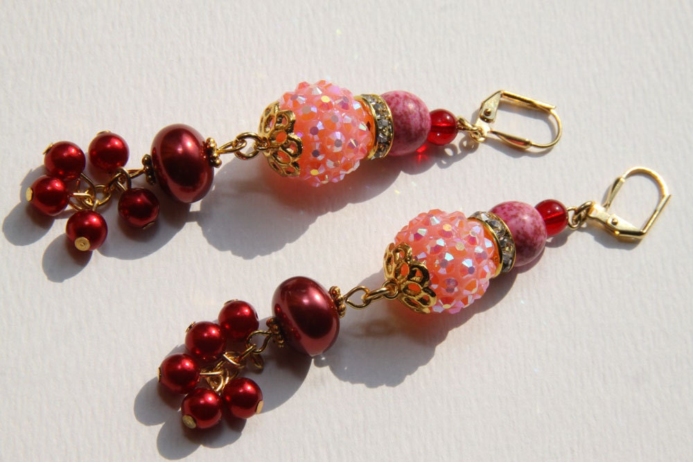 "3"" 1/2 L Pink turquoise, Pink rhinestone, red berries, dangle, drop earrings"