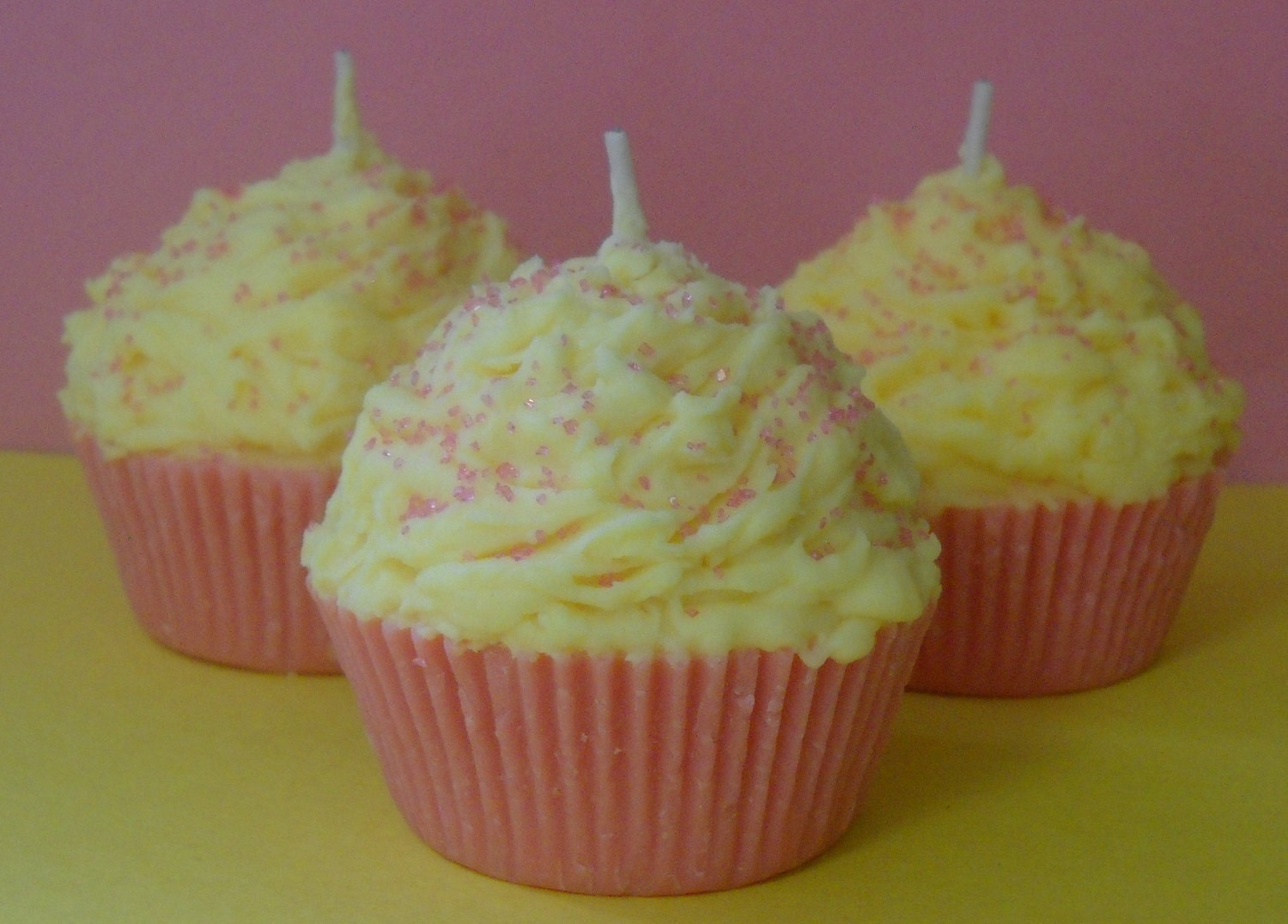 Cupcake Candle, Pink Lemonade Scented, Soy Wax - Pookaberrys