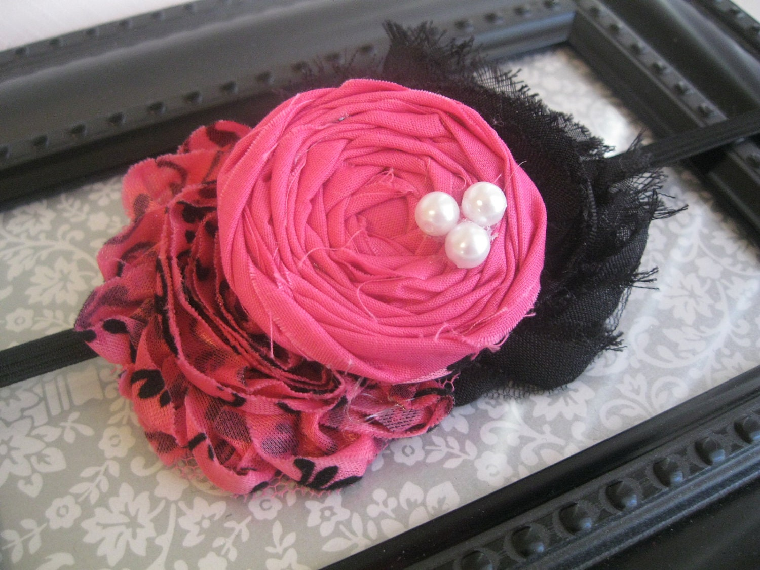 Sassy Lady - Pink and Black Clip