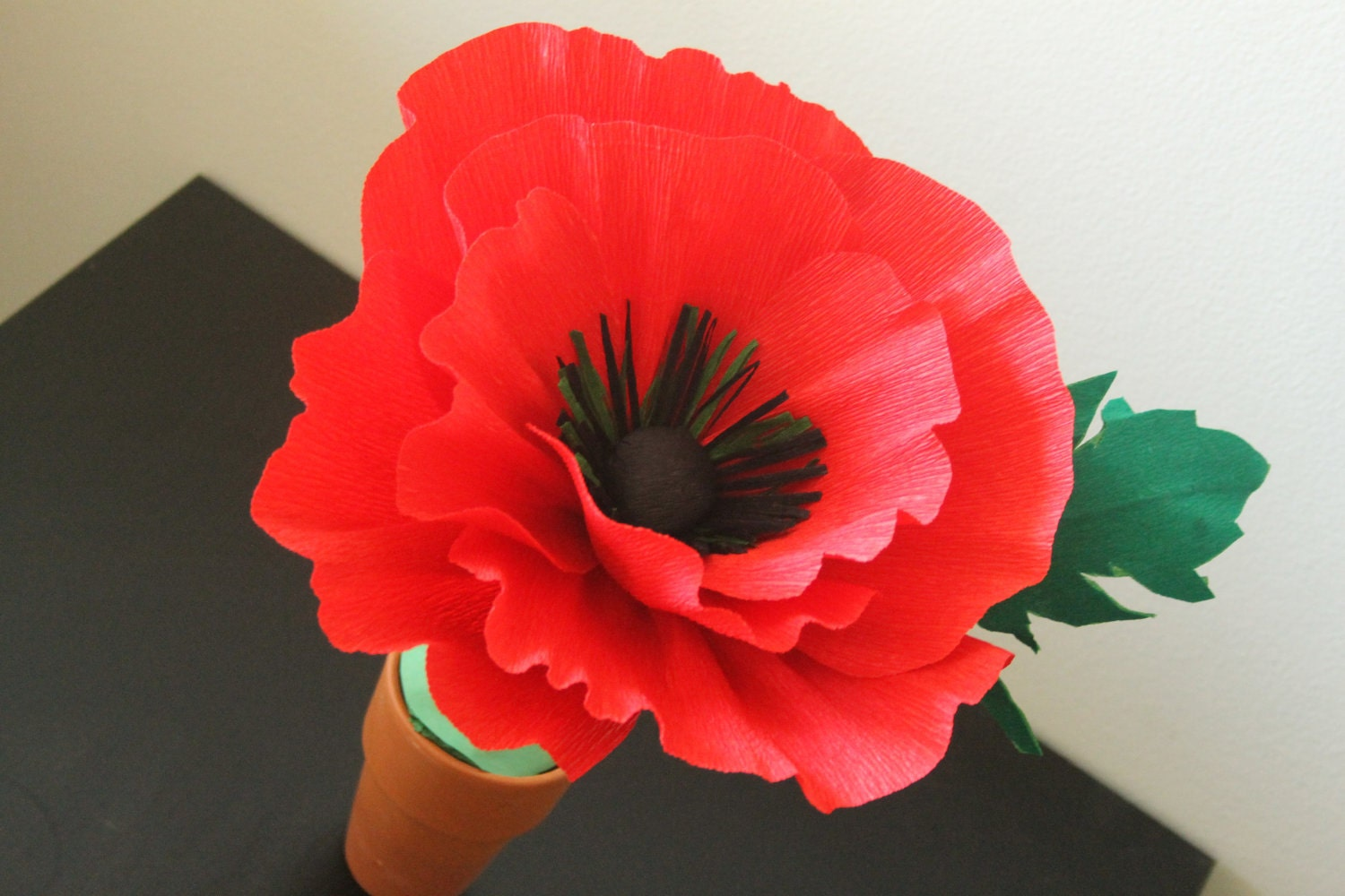 paper poppies Crepe poppies are very beautiful and easy to make they are very decorative this is step by step instruction how to make paper flower - crepe red poppy.