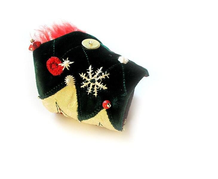 Christmas bracelet, Christmas tree, fabric bracelet, party bracelet, textile jewelry - vanessahandmade