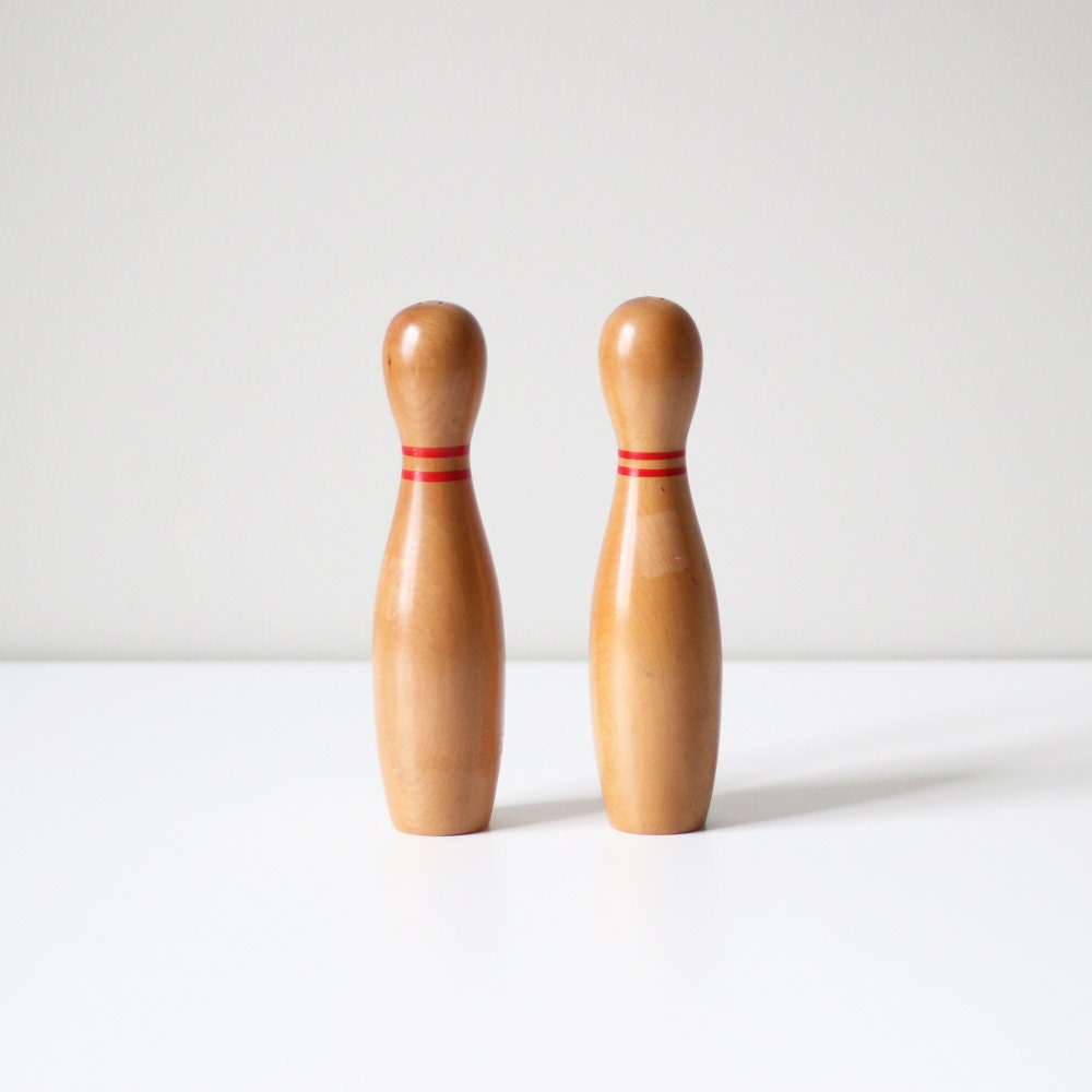 vintage bowling pin set / wood salt and pepper shakers - AMradio