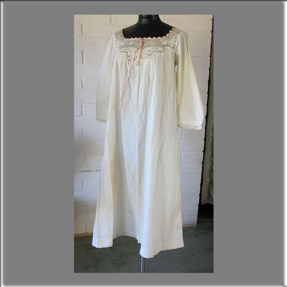 Pin Old Fashioned Nightgowns Gowns Dresses On Pinterest