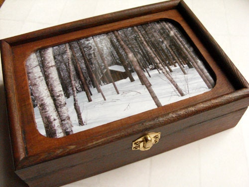 Valet box & Jewelry box - Log cabin in Maine winter, vintage style, Father's Day gift - DabHands
