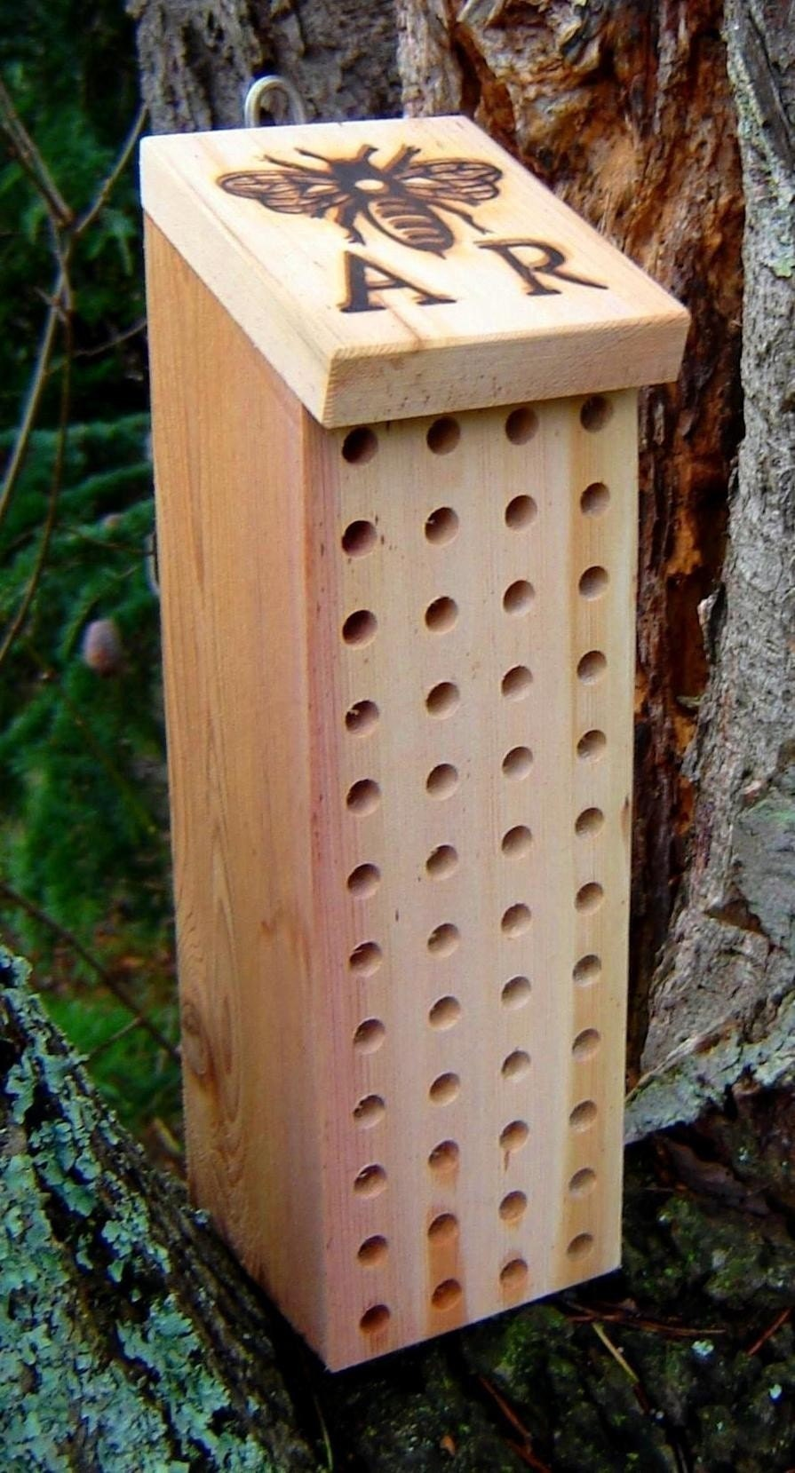 Mason Bee Nest Beehive Block from Recycled Wood, Garden Supplies for Pollination