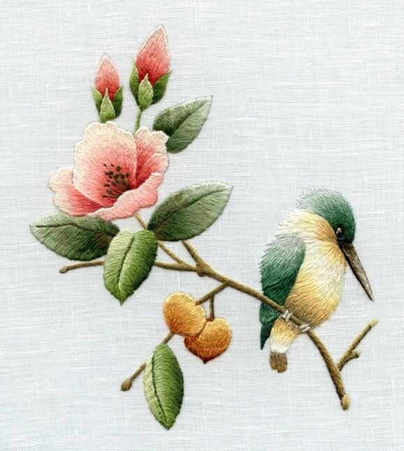 Вышивка гладью птицы цветы