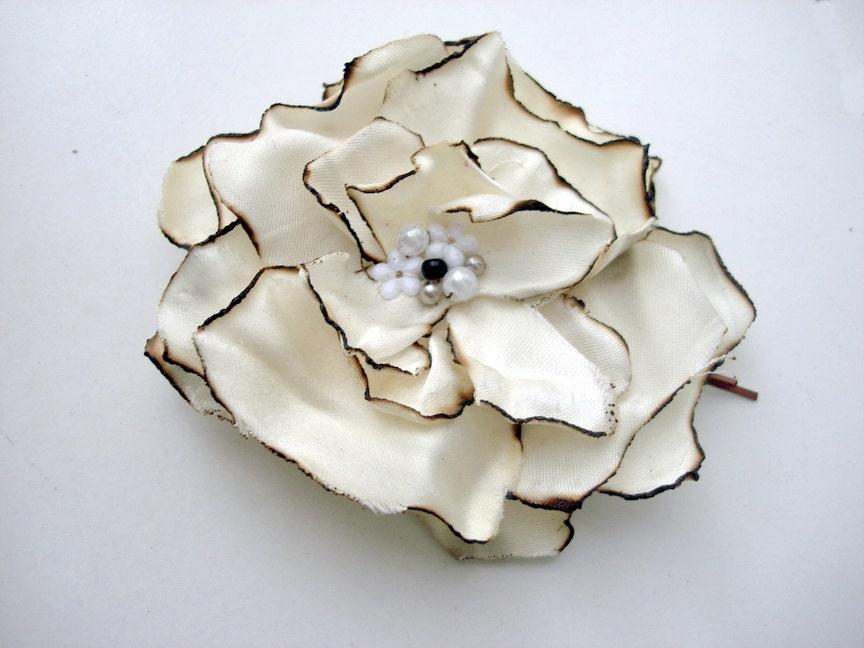 Unique Creamy white bridal hair flower burned Gardenia - seragun