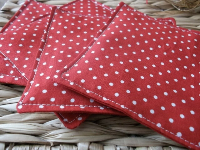 coasters, red and white pindots, spotty set of 4. - PoppyandPoochie