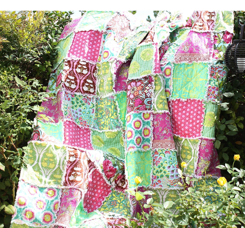 QUEEN Quilt Rag Quilt Handmade MODERN Florals by hinterlandquilts