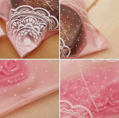 50 Pink Doily Opp Poly bags,98 x 140mm x 29mm