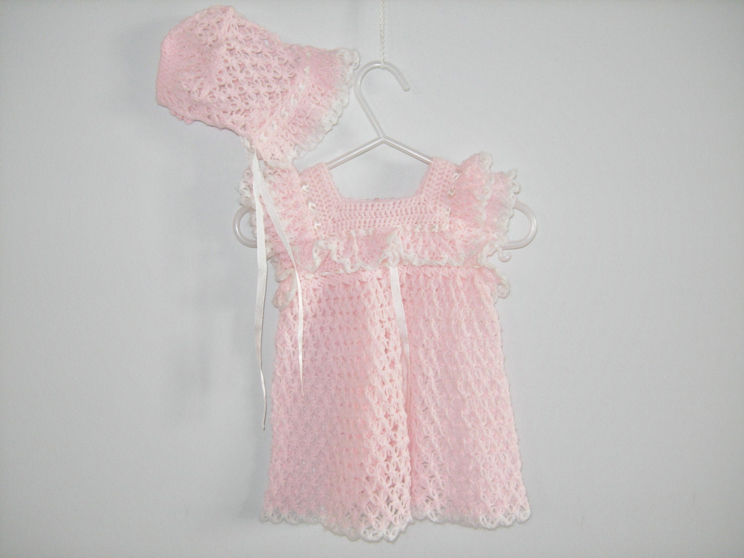 Delicate Pink Knit Dress and Matching Bonnet - Apearsvintagegoodies