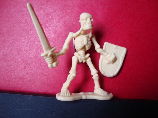 Sword Wielding Skeletal Guardsmen Brooch Pin - Skeleton warrior