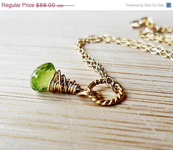 20% OFF FALL SALE Peridot Necklace August Birthstone 14kt gold fill Aaa - Aaaa Quality, Grass Stain
