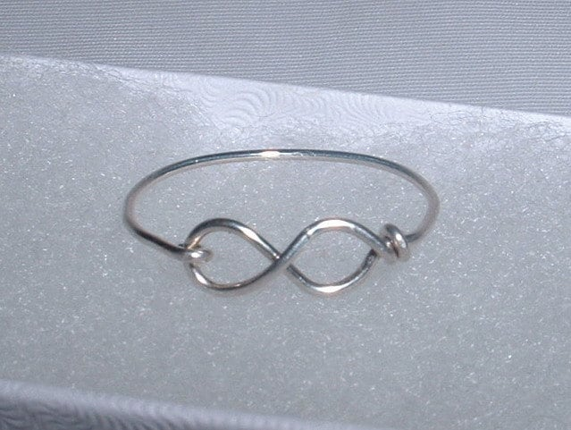 Style Generis: DIY Wire Ring: Love