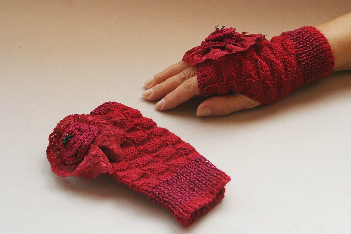 ظریف دست Fingerless kntted دستکش - کبود قرمز ، زمستان ، گل ، دستکش