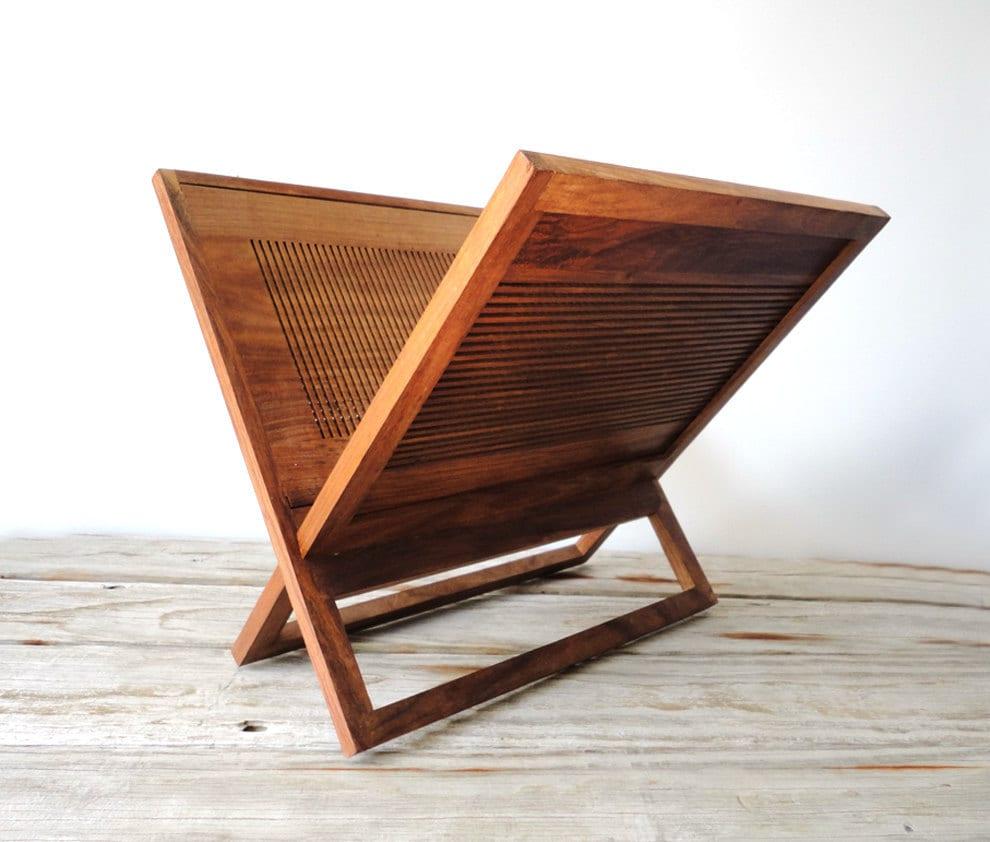 magazine rack wooden