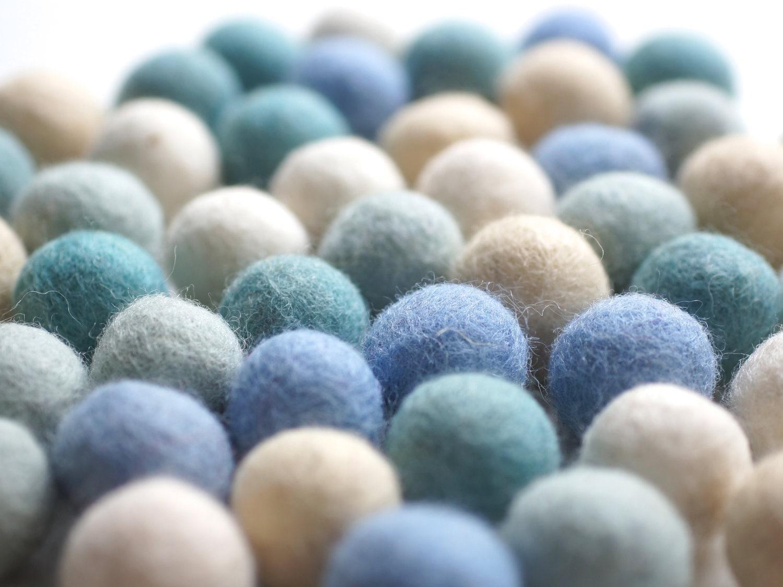 100% Wool Felt Balls, blue shades, 50 pcs, 1 inch (2.3 cm), pure wool, Mix Tautropfen - 8natur