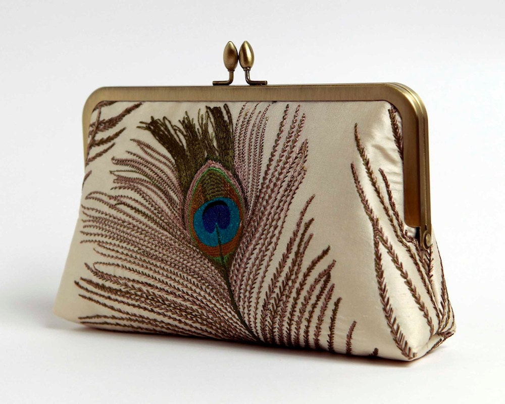 Silk Embroidered Peacock Clutch Bag in Ivory Bag Noir