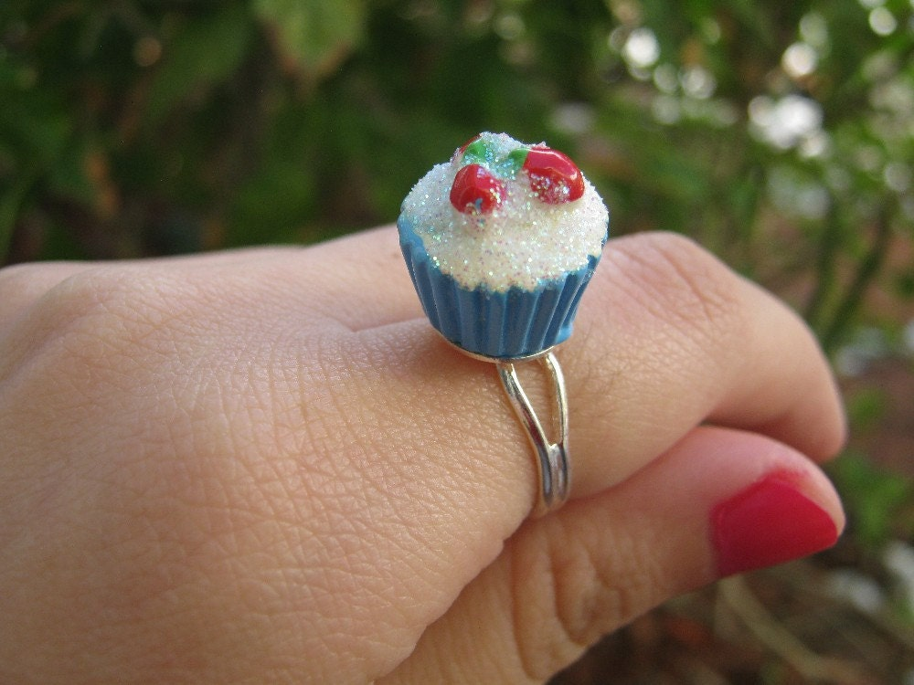 Tiny Cupcake Ring with White Glitter Frosting and by PinkFrog4U from etsy.com