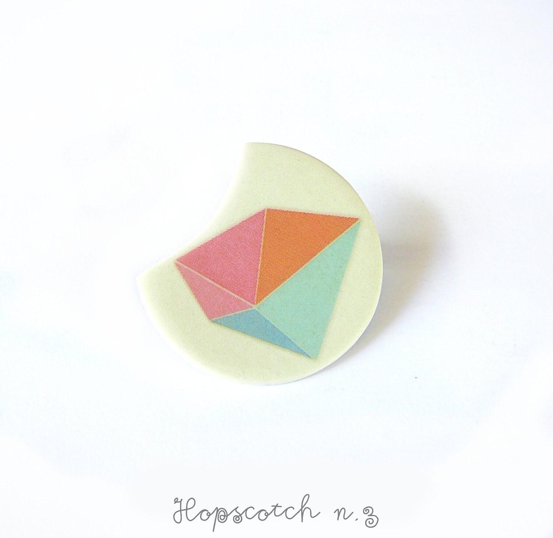 Pastel prism brooch minimal jewelry by AtelierGilet - Hopscotch n. 3 - AtelierGilet