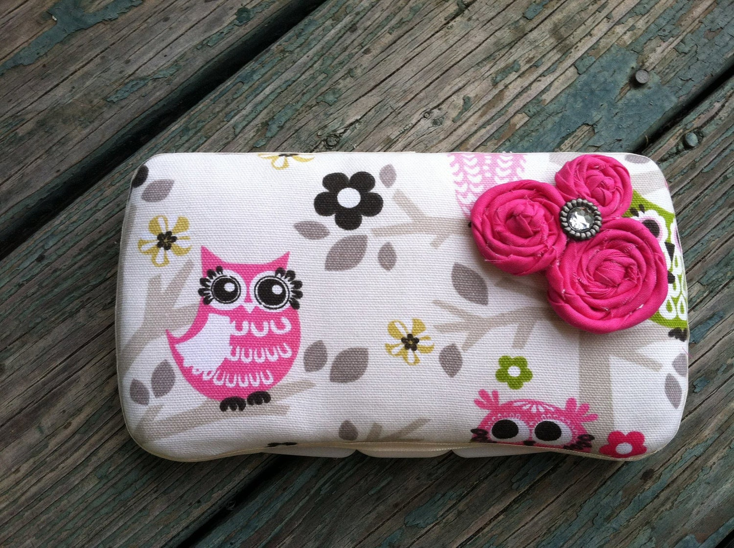 Owls in a Tree with Rolled Flowers Boutique Style Travel Baby Wipe Case