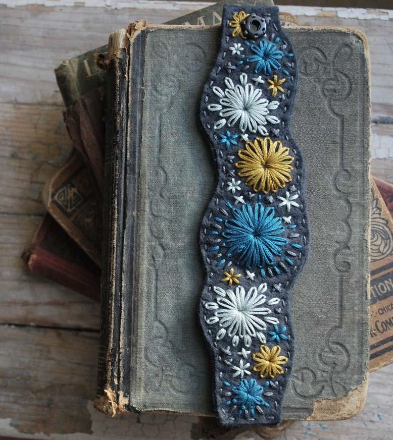Войлок браслет ручной вышивкой Синий Шифер Войлок Горчица Желтый Бирюзовый Голубой темы Новые на осень любовью Мод