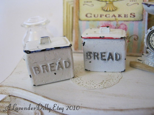 Bread Bin for Dollhouse - alavenderdilly