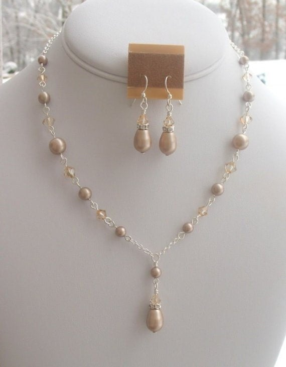 Champagne Bridesmaids Necklace Set in Almond Pearls and Crystals, Champagne Supernova