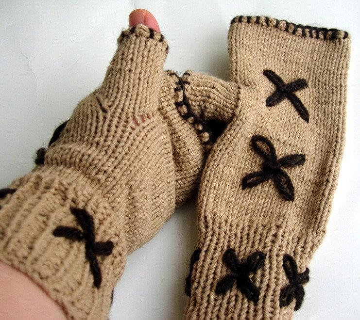 دست شتر Fingerless بافتنی دستکش و براون دست گلدوزی دستگرمکنها