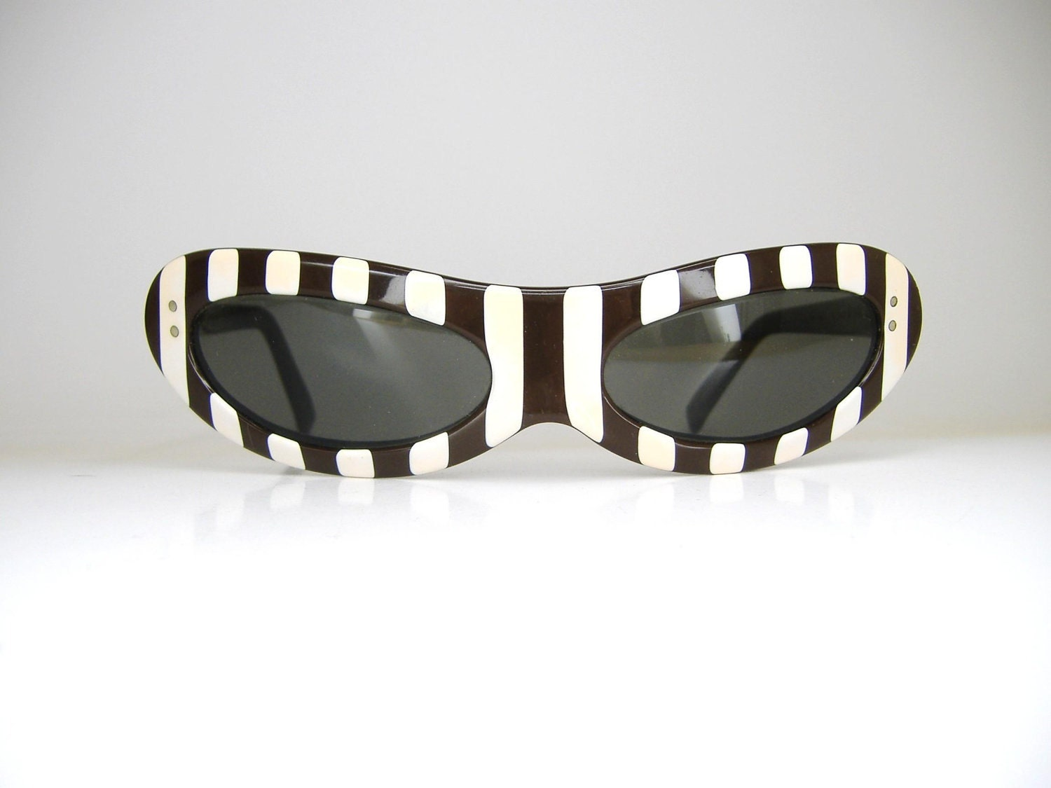 Rare American Optical Cat Eye Sunglasses Frame 1950s 1960s  Striped Eyewear