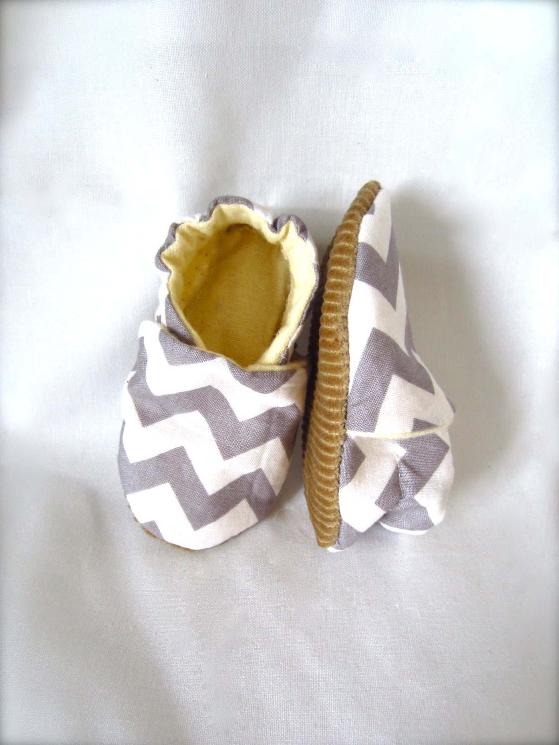 Grey and White Chevron Soft Sole Baby Shoes - jengalaxy