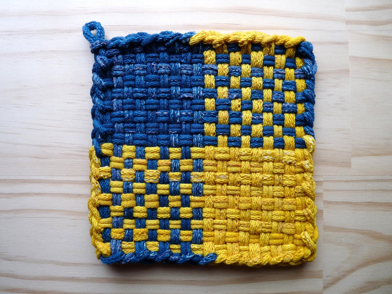 Knitting Pattern For A Pot Holder : potholder loom patterns - Google Search Knitting and other crafty t?