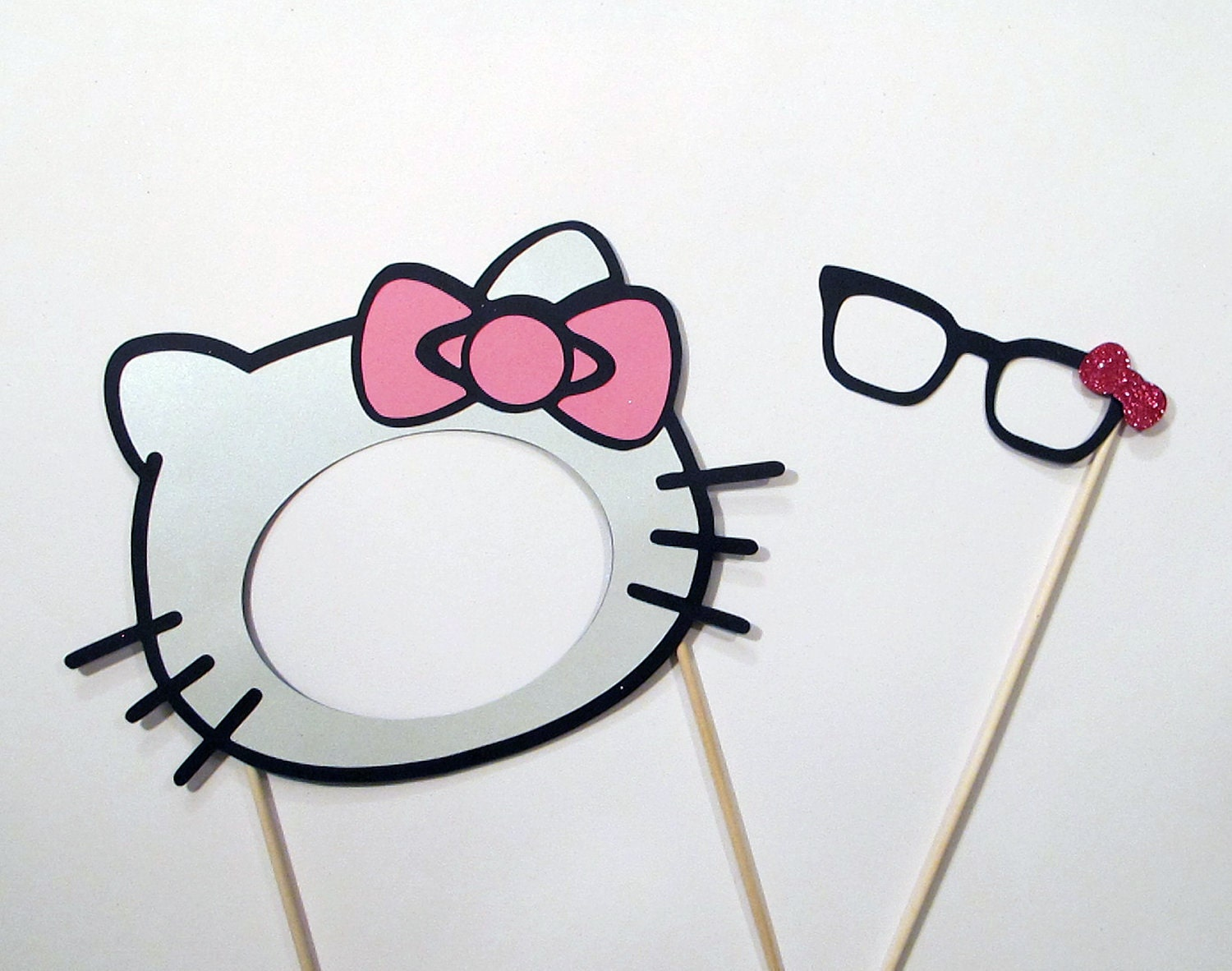 Hello kitty photo booth prop mask hello kitty pinterest for Hello kitty mask template